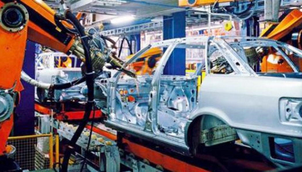 Industry confidence, car exports up